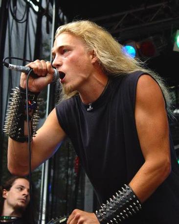 http://www.metalreviews.com/interviews/images/helge_scream.jpg