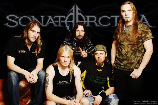 Entrevista a Henrik Klingenberg, Elias Viljanen para metalreviews (17 Sep 2008) Sonata_arctica_master_austin